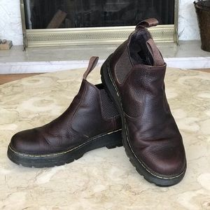 Dr. Martens Chelsea Leather Boots